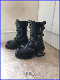 Eu 41 New Rock Boots with small Chunky Metal Heels