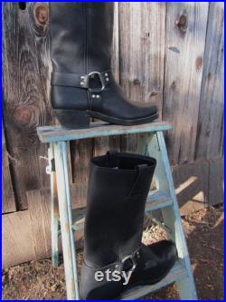 Frye Harness Boots Black Vintage Recycled Awesome Mint Unisex Women's size 11 Medium Narrow