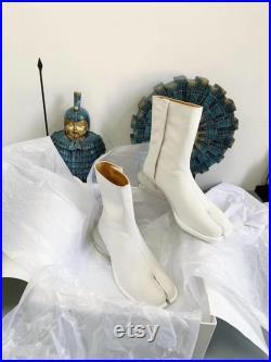 Handmade men s split toe leather Tabi boots with 3.5cm heel 39-45