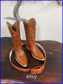 Made to order hand tooled boots and belt (optional) extra 110 US, made to yoru size hand tooled and hand painted order yours now