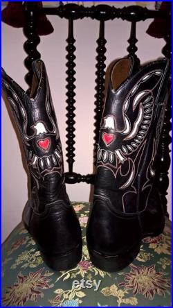 SUPER FASHIONABLE Cowboy Boots Vintage Sancho Boots Made in Spain decorative fancy applique tooled black leather size 42 E cowboy boots