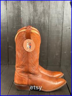 Size 9.5D, mens western boots, leather cowboy boots, nocona boots, FREE USA SHIPPING