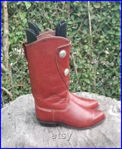 Sz. 6.5 Cowboy Boots Men's Designer Western Style Boots By Tony Lama. 1990s Concho Boots Rodeo Time