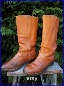 Vintage Frye Boots, 8.5 D, Made in USA, Campus Style, Tan Leather, Black Label Right Boot Only, 1970's Distressed, Worn, Beat Up Ol' Boots