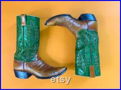 Vtg 70s Leopold s Green Brown Cowboy Boots Red Detail Stitching Western Boots Mens Sz 9 Womens Sz 10.5